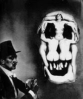 Nu de crâne de Dali