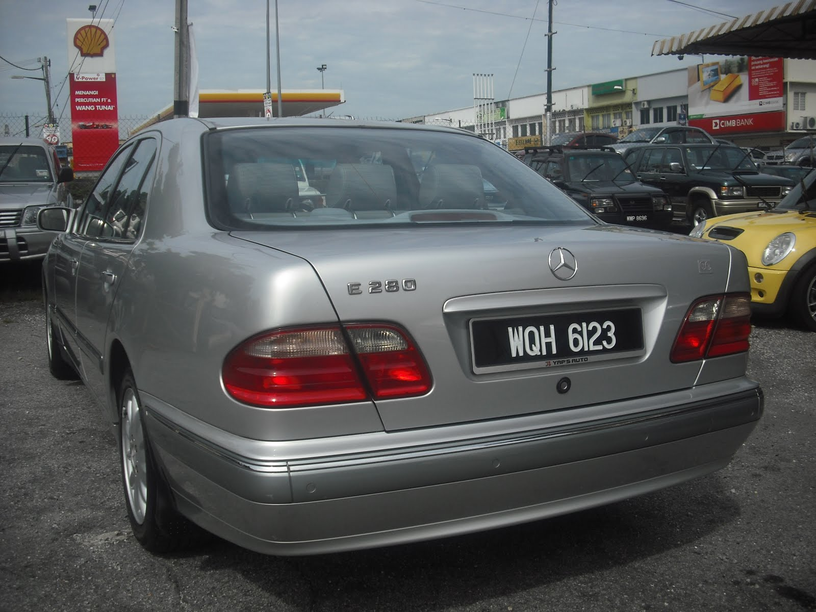 Mercedes benz e280 v6 a elegance w210 for Mercedes benz v6