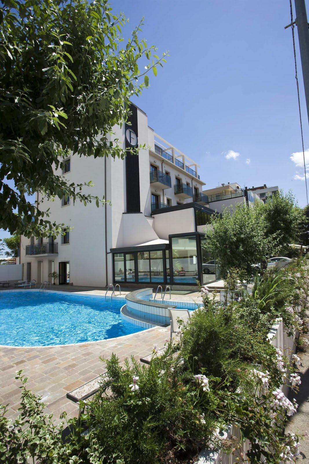 Hotel rimini 4 stelle recensioni e giudizi sull 39 hotel for Hotel 4 stelle barcellona centro