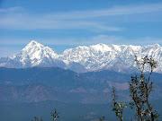 हिमालय तेरी छवि प्यारी...