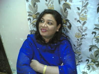 desi girls and indian   british aunties pics british