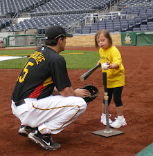 Andy LaRoche Teaches Chloe to Hit