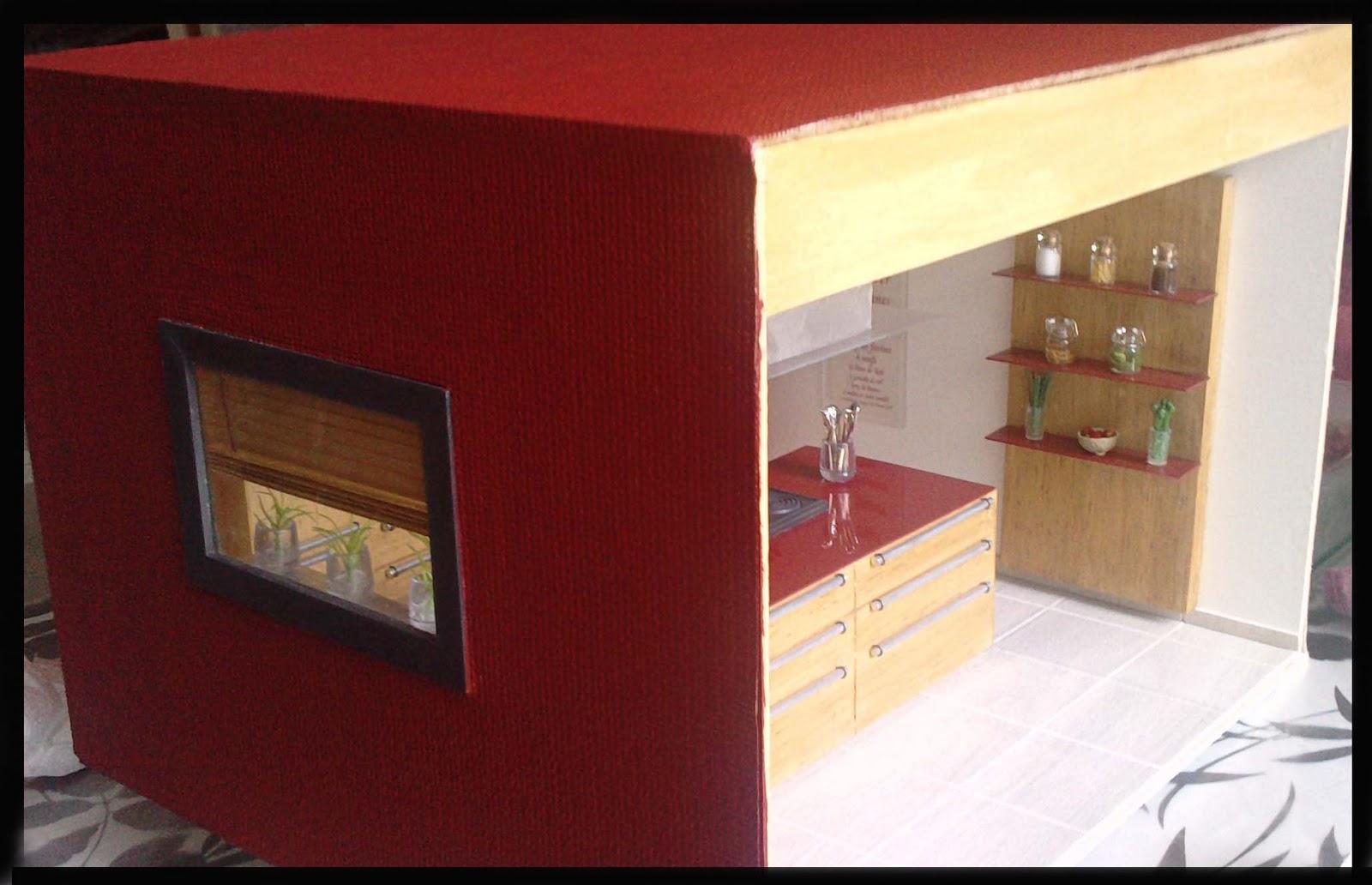 Vitrine mini manie: la cuisine rouge