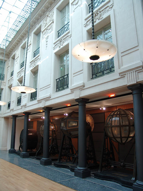 Loft connexion by samuel johde salle de r ception for Immobilier paris atypique