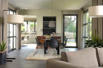 Cjuss no 1 october 2010 for Exquisite kitchen design south lyon