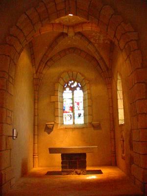 Préparation de la chapelle pour le Mariage de Bzeuh et Roxetrice ST+MARTIN+ROCHEFORT+CHAPELLE+INTERIEUR