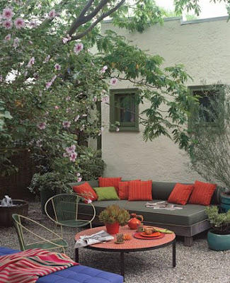 Outdoor Decorating Ideas for Eating