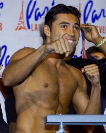 Oscar De La Hoya Nude Pictures, Naked Scenes Reviews