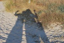 Sombras en la playa del castillo