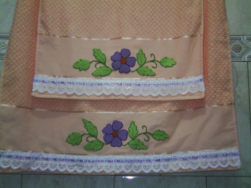 Adesivo De Parede Onde Vende ~ PuxeUse Jogo de toalhas salm u00e3o bordadas em ponto russo
