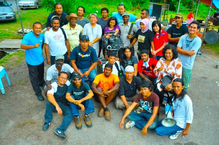 'Group Picture' on the LAST DAY SHOOTING