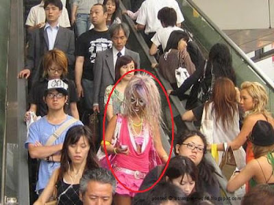Weird Fashion In Japan @ strange world