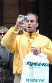 Tilskuer med kamera