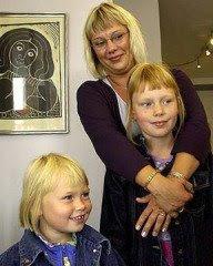 Johnny Hansens kone: Helle Bekhøj og børnene
