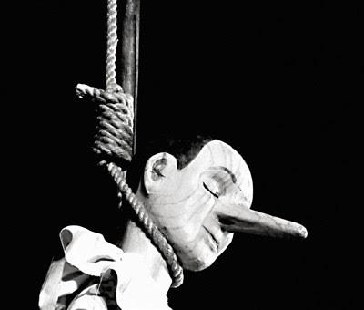 Pinocchio hængt, selvmord?