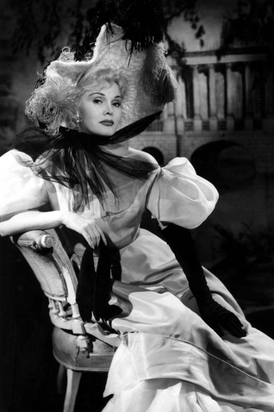 Zsa Zsa Gabor i Moulin Rouge