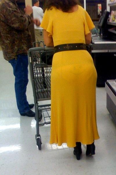 Smiley trusser under kjolen