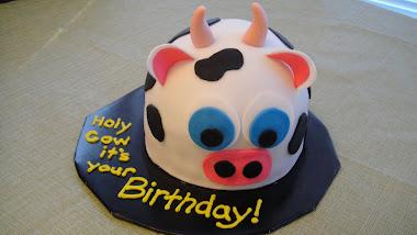 Cow bday cake