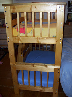 Mostly Beds: adorable Ciera toddler bunk beds