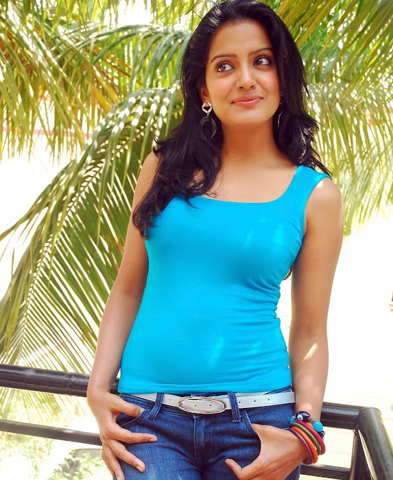 vishaka singh latest photos