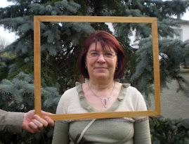 Jeanine (de Charnay-les-Macon) est secrétaire de gestion
