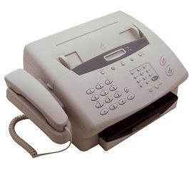 Jeanine utilise un fax