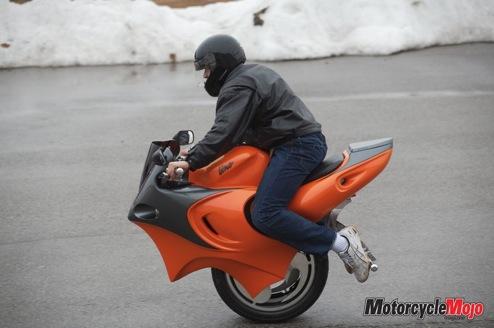 uno motorcycle