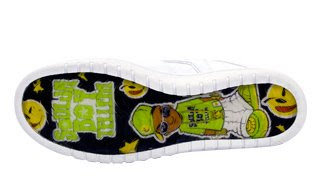 sb1 First look at the Soulja Boy branded Yums! sneaker
