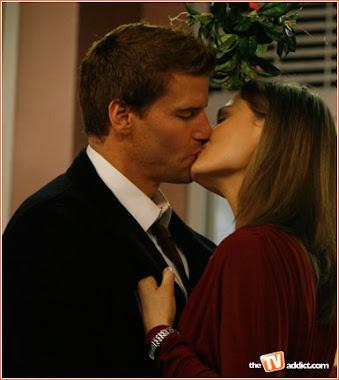 Bones & Booth csók