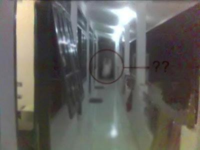 here is hantu jin kepala, you can see the picture below