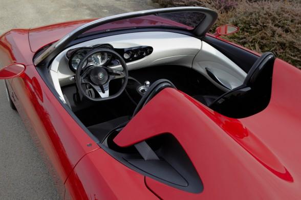 New 2010 Alfa Romeo 2uettottanta Concept Automatic
