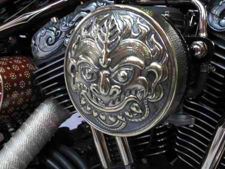 Unik Harley Bermotif Batik dan Candi