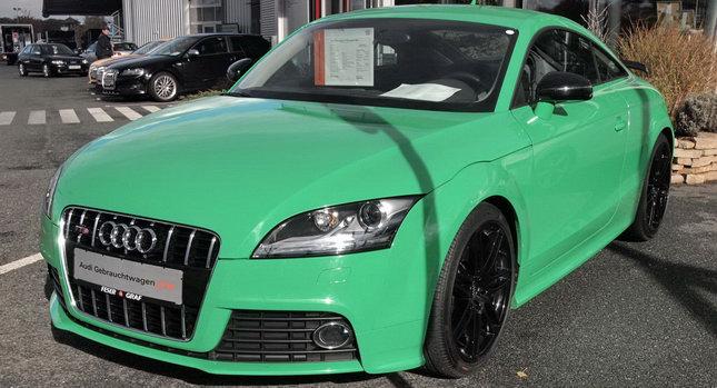 http://4.bp.blogspot.com/_D_RRrIu8FXM/TEJ-DZHWXxI/AAAAAAAAMzs/Zc1UZlTwZmA/s1600/Audi-TTS-Porsche-Green-ront.jpg