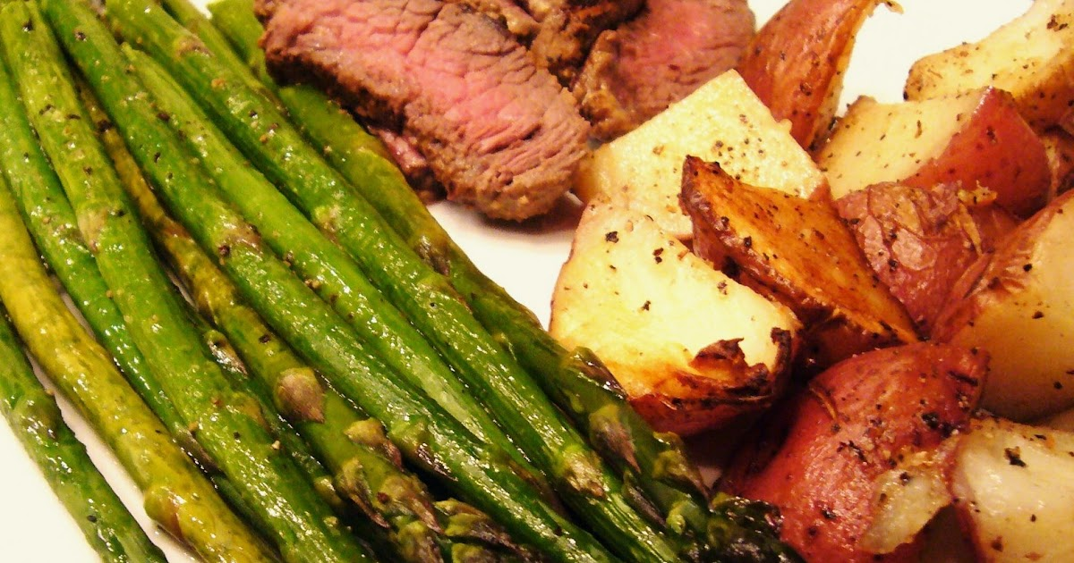 Sirloin Steak With Roasted Potatoes And Asparagus Recipe ...