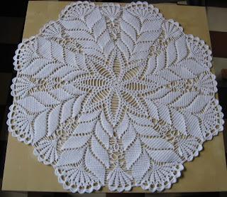 mes petites mains tricotent napperon au crochet. Black Bedroom Furniture Sets. Home Design Ideas