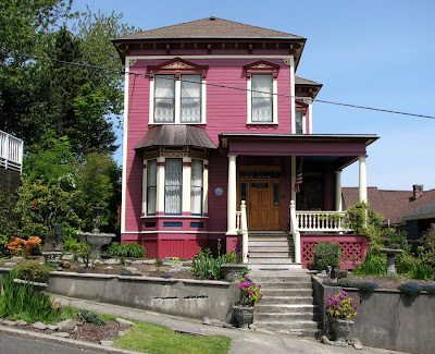 Italianate Victorian House on Harrison Street