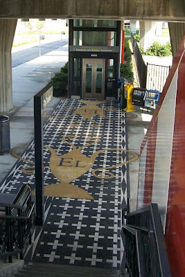 Samovar on the pavement, Los Angeles