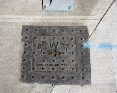 Metal Cover with Roses, Portland