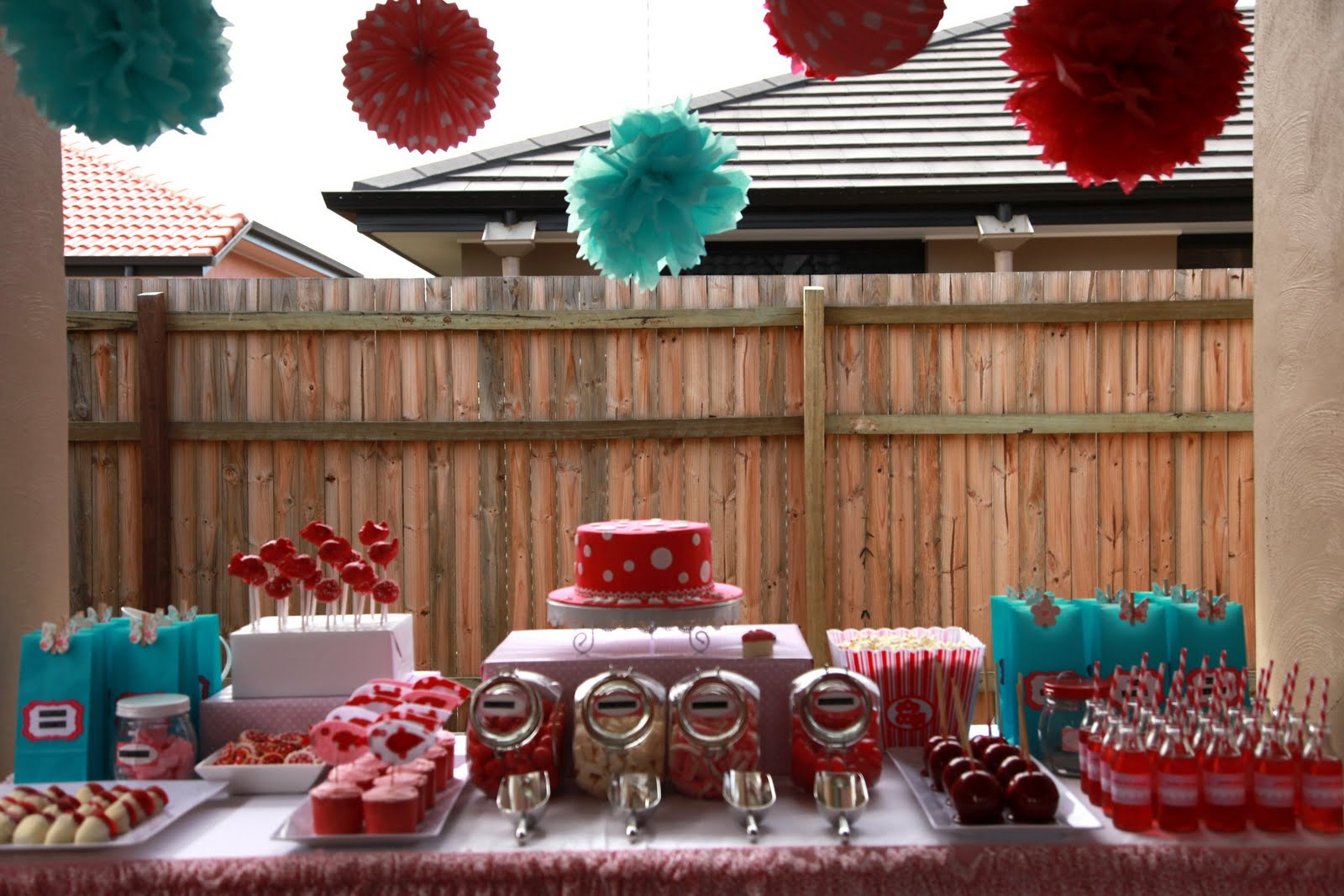 Bubble and sweet molly 39 s 3rd birthday party dessert buffet Table decoration ideas for parties