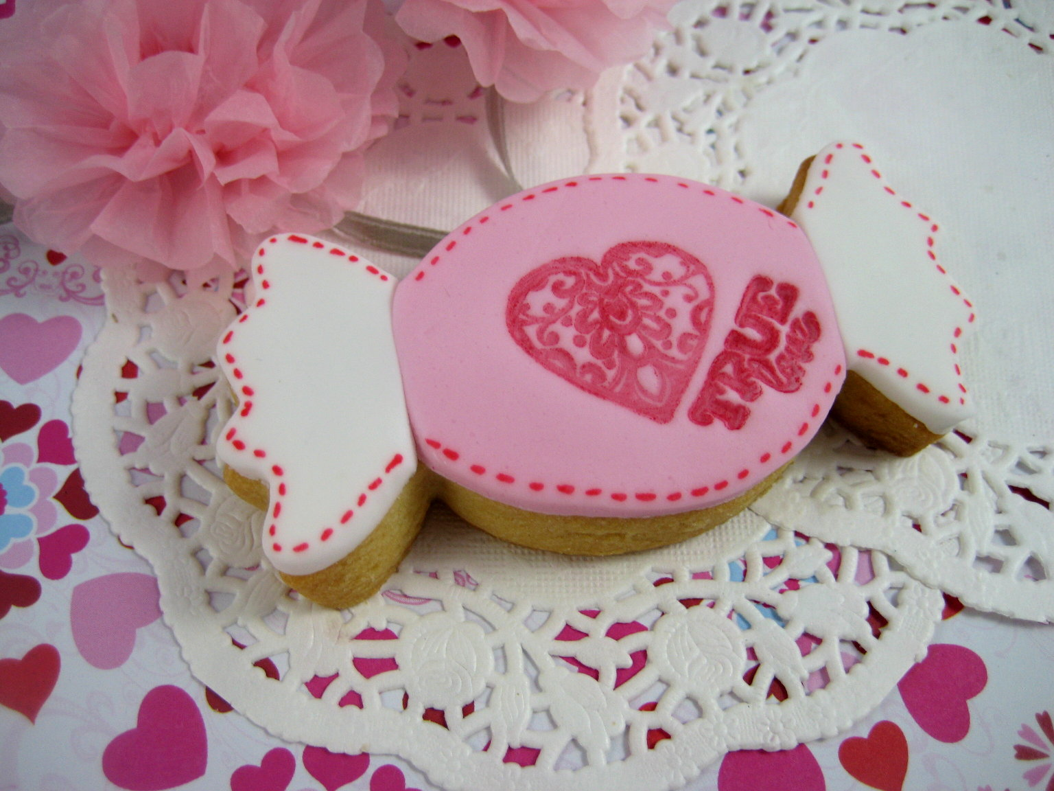 Bubble and Sweet: Sweetie valentine cookie tutorial
