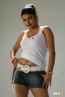 HOT ACTRESS SHOBANA NAIDU  PICTURES