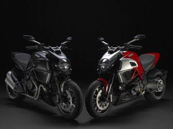 MOTORCYCLE DUCATi