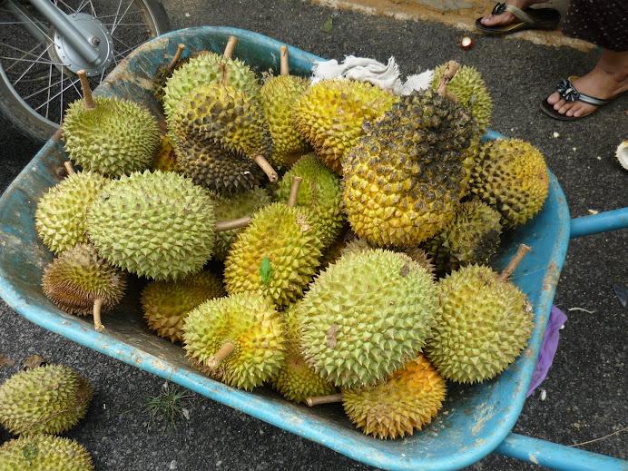 cuti weekend balik Pahang makan deroyan