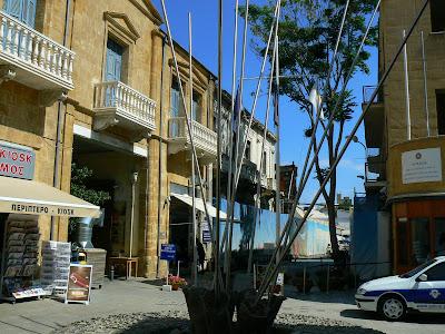Imagini Nicosia: punct de frontiera cu Cipru de Nord pe Linia Verde