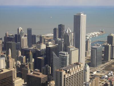 Imagini Chicago: lacul Michigan vazut din Sears Tower