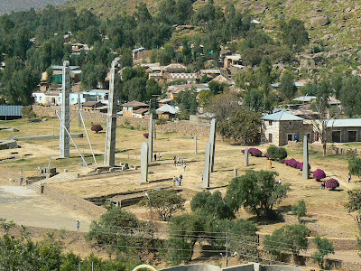 Imagini Etiopia: stelae vazute de sus Aksum