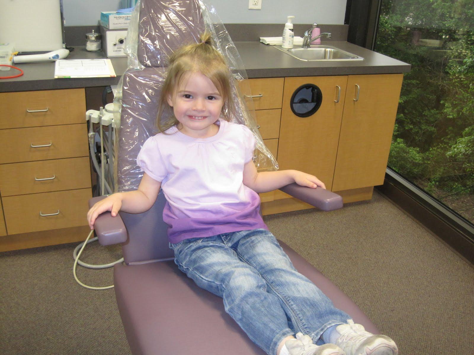 rife life holly visits the dentist