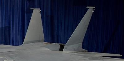 SU-30 mejor que F-16 E3