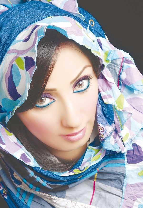 http://4.bp.blogspot.com/_DgKWaXdO1bA/TP3_BGA_BBI/AAAAAAAABRQ/Xx2Vdwl4Y14/s1600/lilous-715cd2b99e.jpg