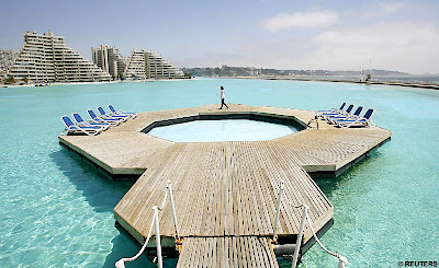 Beautiful photos/Nature - Page 3 Massive-swimming-pool